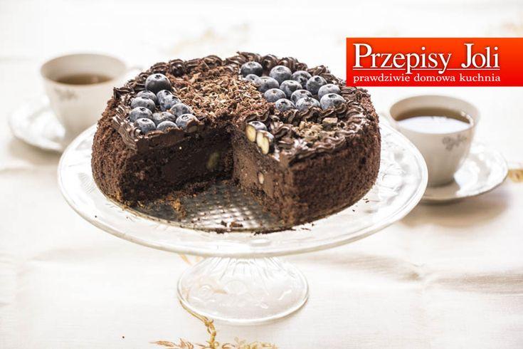 CIASTO CZEKOLADOWE - to ciasto aż emanuje czekoladą :) a borówki amerykańskie idealnie dopełniają jego smak.