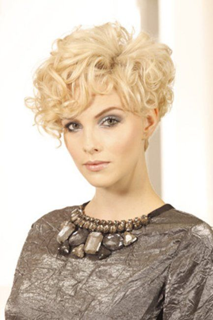Kurze Haare Mit Locken Gekke Omie Pinterest Hair Hair Styles