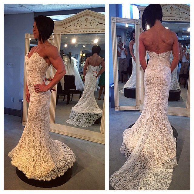 Dana Linn Bailey in a sample size wedding dress.  #gorgeous