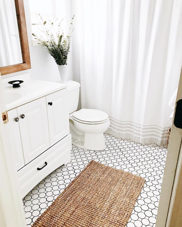 Best 25 budget bathroom ideas on pinterest white - How much does it cost to gut a bathroom ...