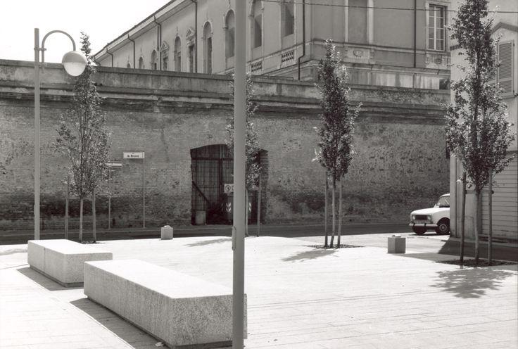 Massimo Ferrari · Piazzetta della Ferma · Divisare