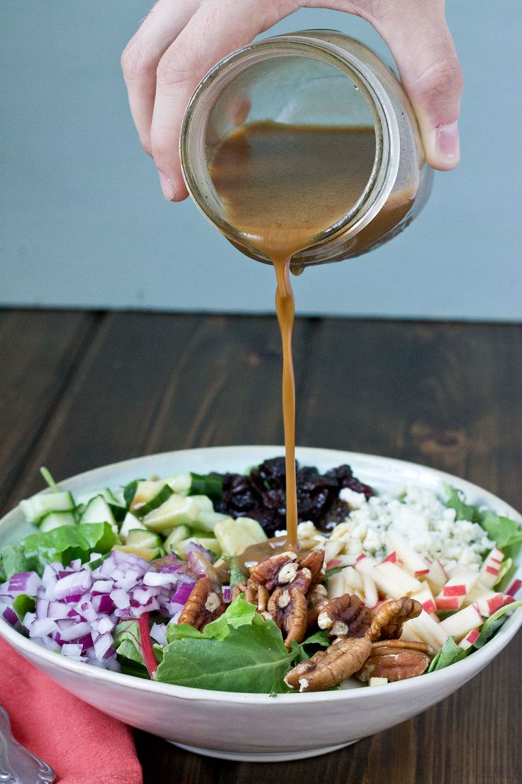 #Recipe: Harvest Salad with Creamy Pumpkin Balsamic Vinaigrette #salad #healthy