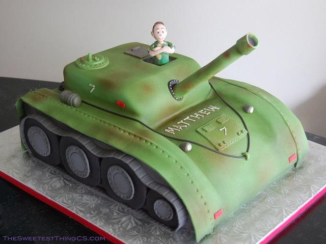 Army Tank Cake                                                                                                                                                                                 Más