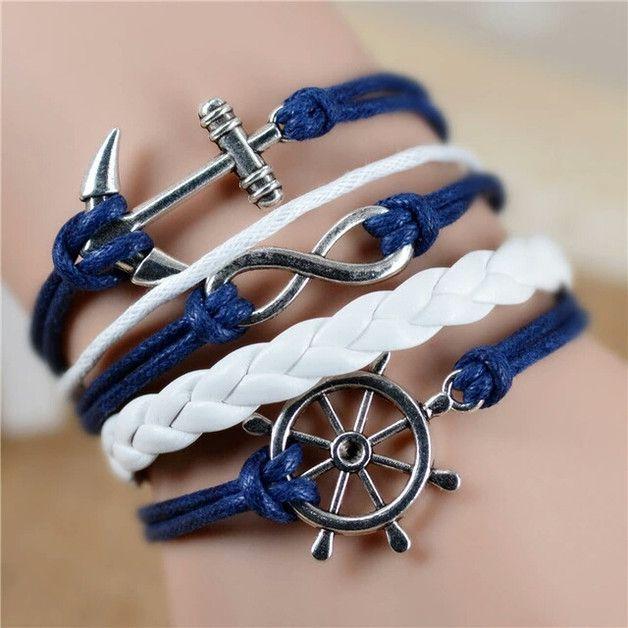 Sommerlicher Schmuck: Maritimes Armband mit Anker in Blau-Weiß / summer jewlery: maritime bracelet with anchor in blue and white made by SchmuckeNaht via DaWanda.com