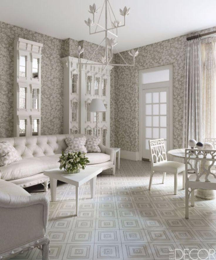 9 Ways To Brighten Up Your Living Room Set With A White Sofa   Modern Sofas. Living Room Ideas. #modernsofas #livingroom #whitesofa Read more: http://modernsofas.eu/2016/12/06/ways-brighten-living-room-set-white-sofa/
