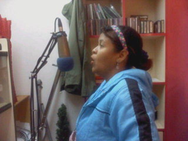 Me niego a estar fuera del estudio de grabación, soy dueña de estos espacios, mínimo 3 hora y máximo 5 horas; los miércoles en las mañanas o en las tardes, soy la voz cantada oficial y exclusiva de la radio, soy dueña de los jingles cantados; es mi trabajo, es mi vida, es mi pasión y mi todo. Tengo muchas canciones por grabar para promocionarlas en la radio para que todo el mundo escuchen las 24 horas y los 365 días al año apoyen mi talento nacional y pidan las canciones de su preferencia.