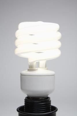 How to Clean Up Energy-Efficient Bulbs That Break