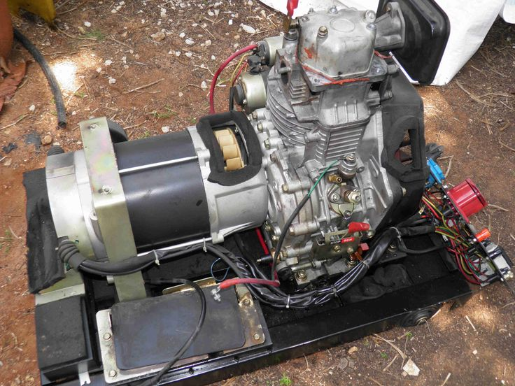 How to remove the sound-proof canopy and exhaust mufflers of a small diesel generator. www.nomaallim.com.