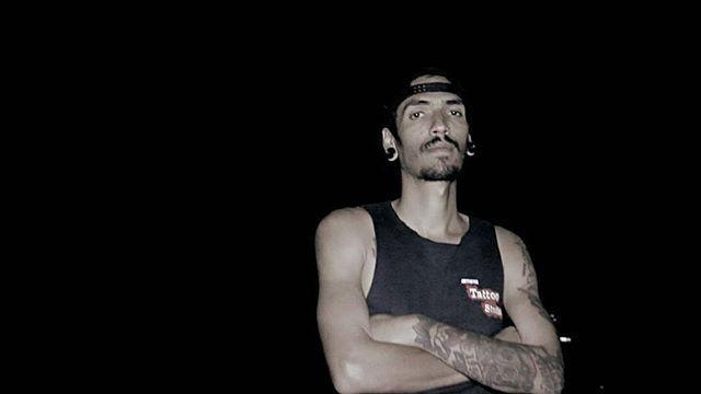 """Te invito a pasar por el canal de youtube de @eltemplorecords (link en la bio) donde encontraras mi último videoclip titulado """"R U D O"""" en complicidad con @tintasantavzla en el feat @untalyupi en el beat y la edición y @skeleto666 en la cámara.  #hiphop #hiphopkulture  #hiphopvenezolano #eltemplorecords #music #awesome #good #cool #amazing #rap #latinrap #hardcore #bestoftheday #all_shots"""