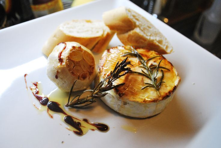 Medový camembert