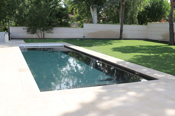 Resultado de imagen de piscinas negras