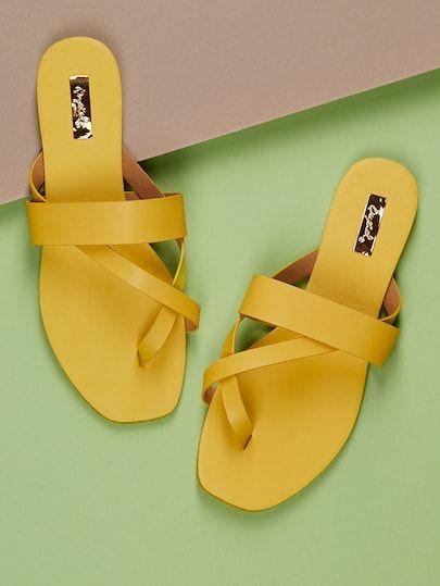 b89cd15c3c Strap Detail Thong Slip On Flat Sandals Calças Femininas