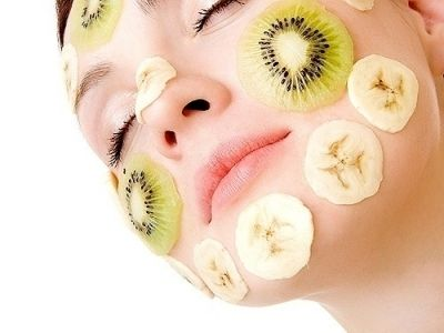 For those of you who have troublesome skin in the winter (mine gets SO dry!), here are some face masks you can make at home! I, for one, am going to try the avocado mask: mash the flesh of an avocado with a fork, add a touch of extra virgin olive oil, apply to face. Let sit 10-15 minutes, then wipe clean! (Good for skin that becomes very dry and irritated in winter)