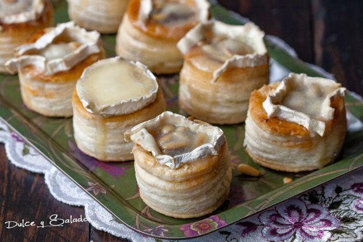 Volovanes rellenos con morcilla,  cebolla caramelizada y queso de cabra.