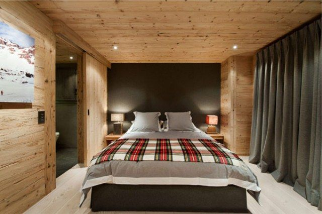Swiss Chalet Interior Decorating | Neutral And Cozy Alps Chalet Interior In Rough Wood