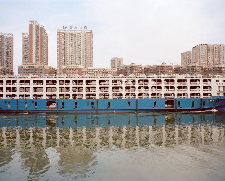 Komphajó a Jangcén, Yichang, Hubei Province, China, 2015.