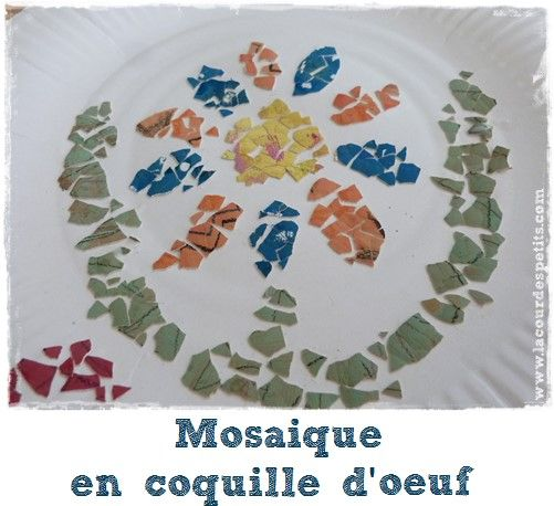 ... www.lacourdespetits.com/mosaique-enfant-coquille-oeuf/ #oeuf #mosaique