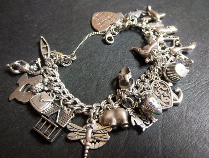 """JAMES AVERY 7"""" LIGHT DOUBLE CURB CHARM BRACELET .925 SILVER- w/28 AVERY CHARMS #JAMESAVERY #Traditional"""