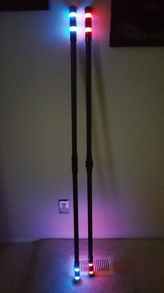 LED Nightwing Bo Staff. ◅
