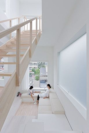"House H - Tokyo - Japan by Sou Fujimoto Architects. Photography Iwan Baan  For more images of all-white interiors, follow Jill Jordan's board ""White Bites""."