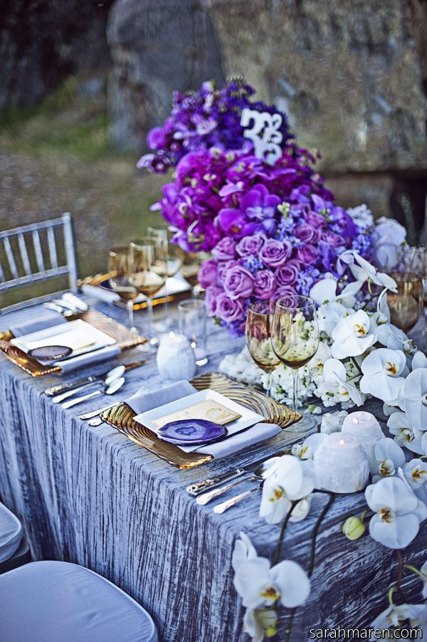 Gorgeous shades of blue, Gold,and purple #TABLESCAPE