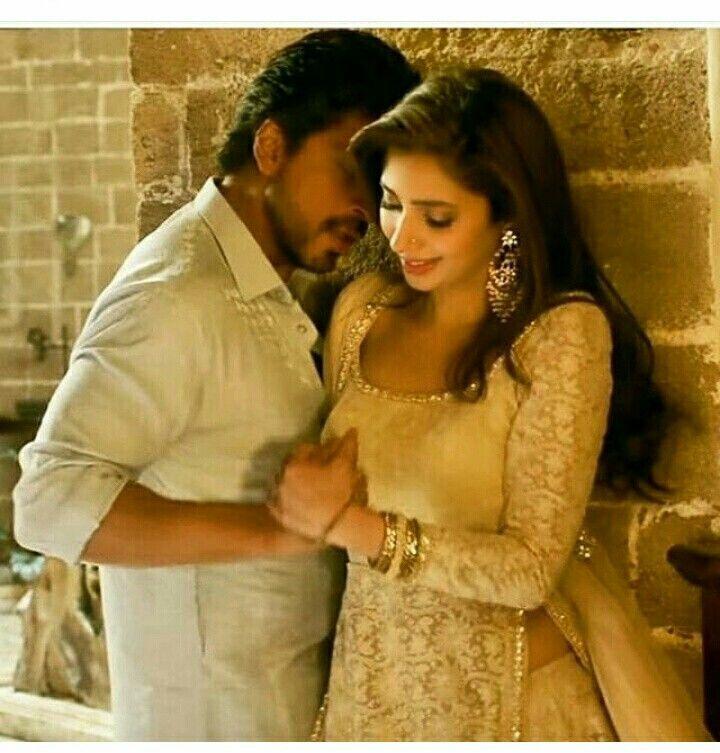 Shahrukh Khan Mahira Khan Raees Bollywood Udi Udi Jaye Zaalima