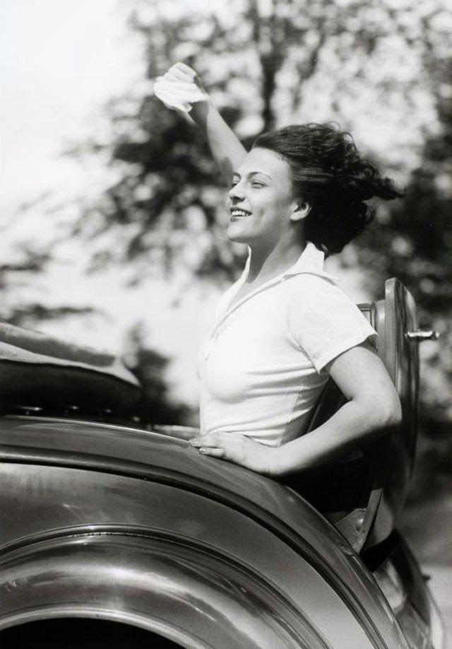 Eva Szaplone in a rumbleseat, 1932