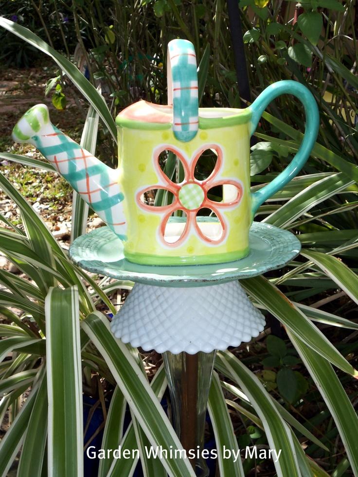 garden stake: Glass Art, Glass Totems, Garden Whimsy, Totems Glass Crafts, Garden Interest, Garden Art, Garden Stakes, Garden Totems, Craft Ideas