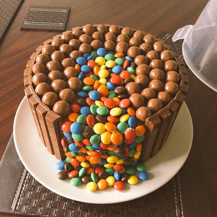 25 Best Ideas About Malteser Cake On Pinterest