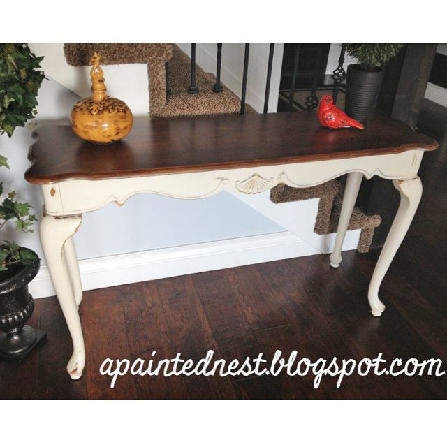 Two Tone Sofa Table...My next project (if I ever finish my dining room table and chairs. ) I have this exact table in storage.