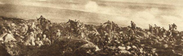 Verdun in Lorraine De Slag bij Verdun wordt gezien als de grootste van de wereldoorlog. Deze plek eiste rond de 700.000 slachtoffers, gewonden en vermisten op deze 10 bij 10 kilometer. Dit maakte het tot een moordveld tussen twee landen.