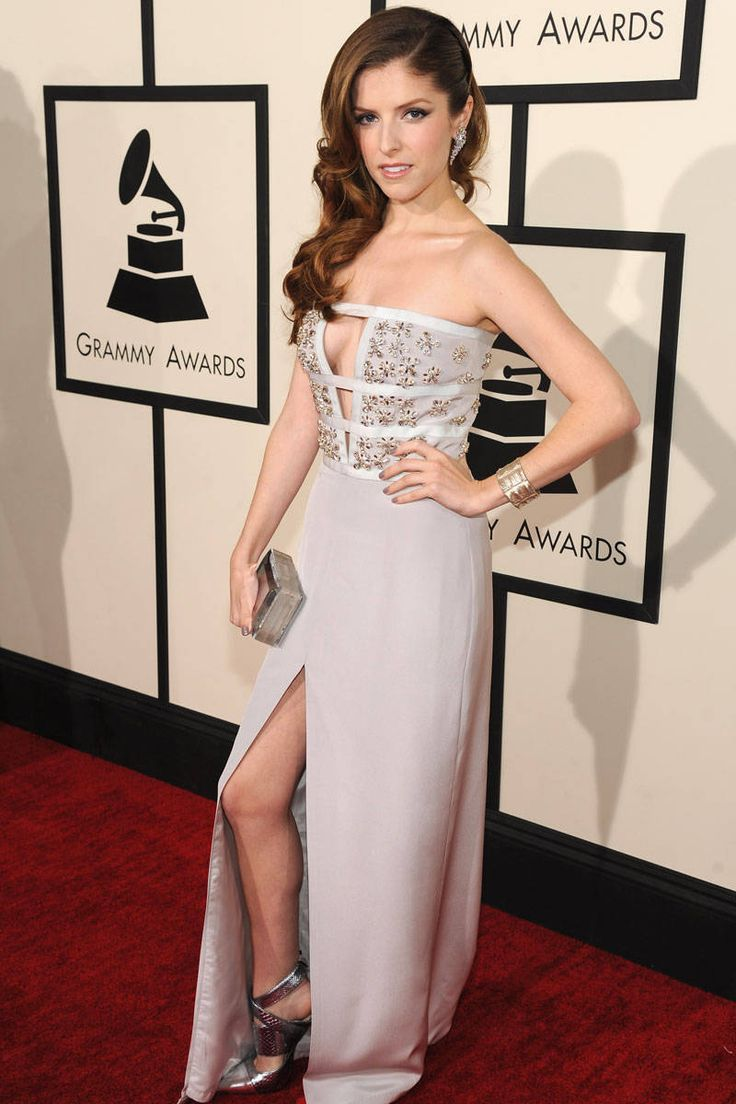 Red Carpet Dresses #Grammys2014 - Celebrities Photos Grammys 2014 - ELLE Anna kendrick