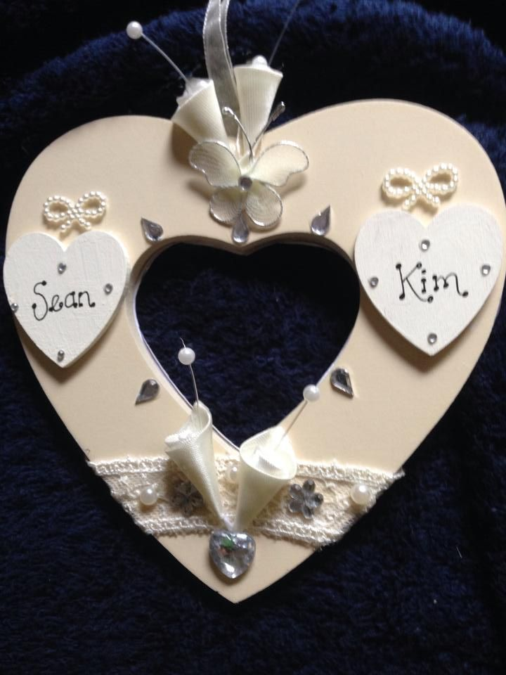brides carry gift