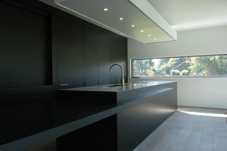 Strakke keuken laag raam idee n voor het huis pinterest - Winkel raam keuken ...