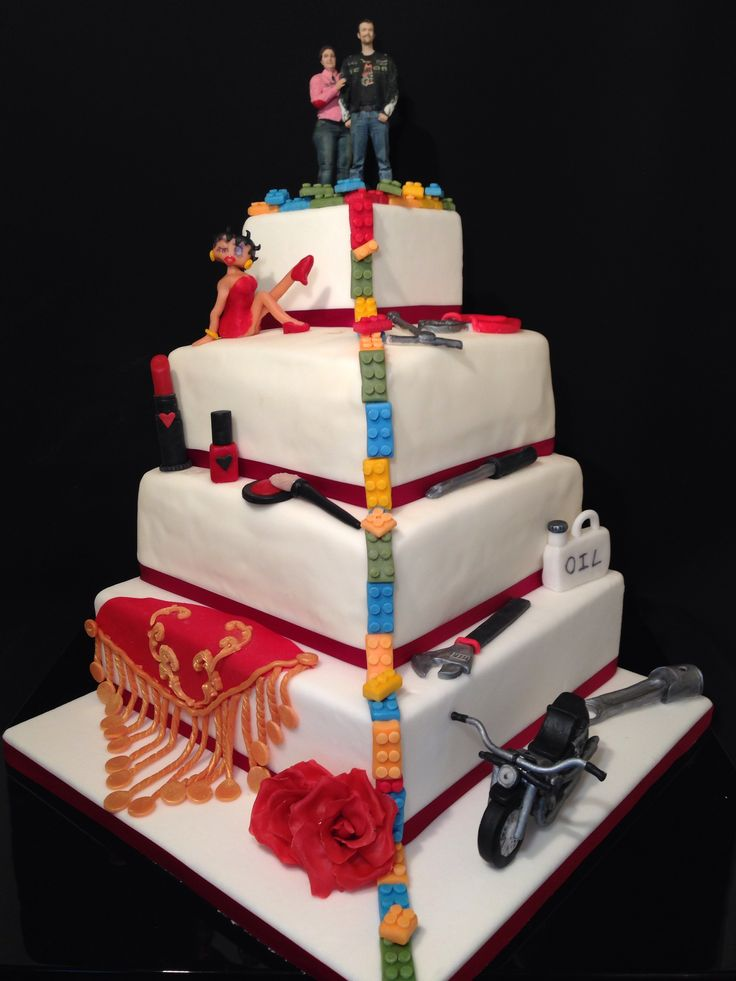 Harley davidson wedding cake with bettyboop