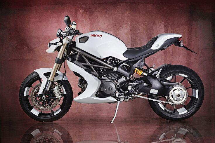Vilner Ducati Monster 1100 EVO 2