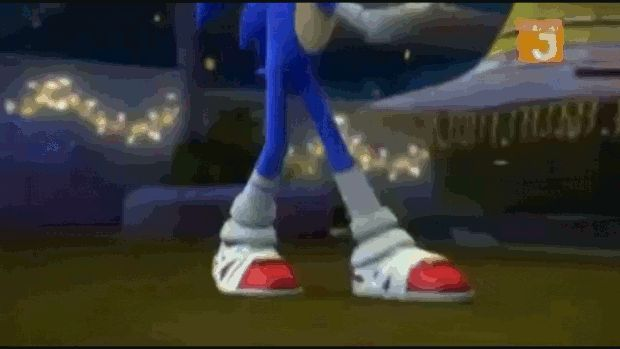 Boom Sonic dance! If only he could dance like this with Amy!!! />0<