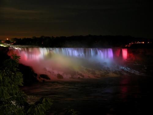 AMERICAN AND LUNA FALLS, NIAGARA FALLS, NEW YORK, USA  Nikon CoolPix 8700, No Flash, 15mm, F/3.1, 2.7 sec., ISO-200. | jpw