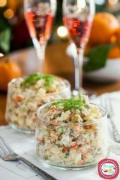 Insalata russa di mare - Seafood christmas salad italian dish