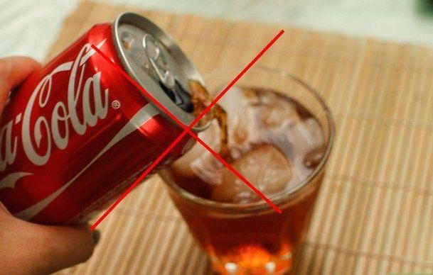 Giftbombe Coca Cola - Auf keinen Fall TRINKEN!