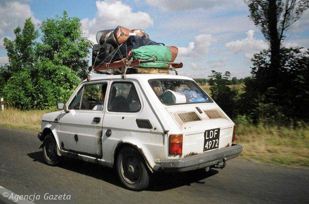 Sidor Transport: Spakuj auto na wakację z wujkiem Sidorem.