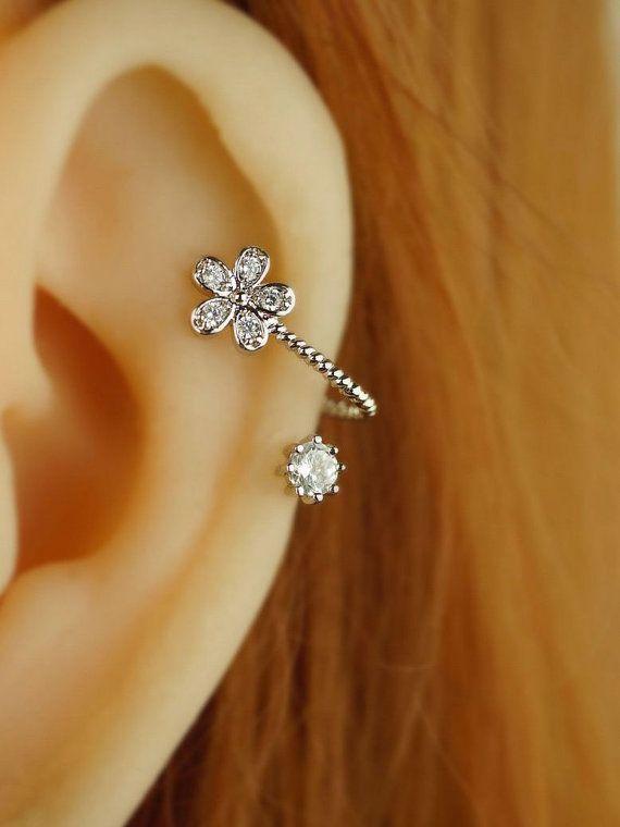 cartilage earring,cartilage piercing,cartilage stud,bling flower earring floral girl