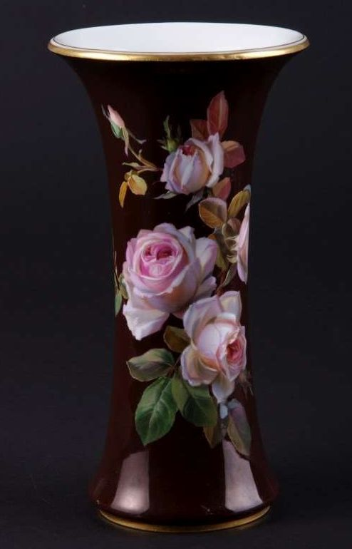 Meissen_Vase with roses by Braunsdorf