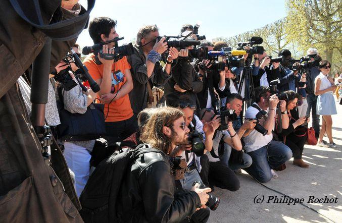 """#WebJournalisme:+""""Pour+en+finir+avec+le+«+tous+photographes,+tous+journalistes+»"""
