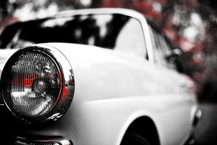 Mercedes Heckflosse - Scheinwerfer Perspektive in rot