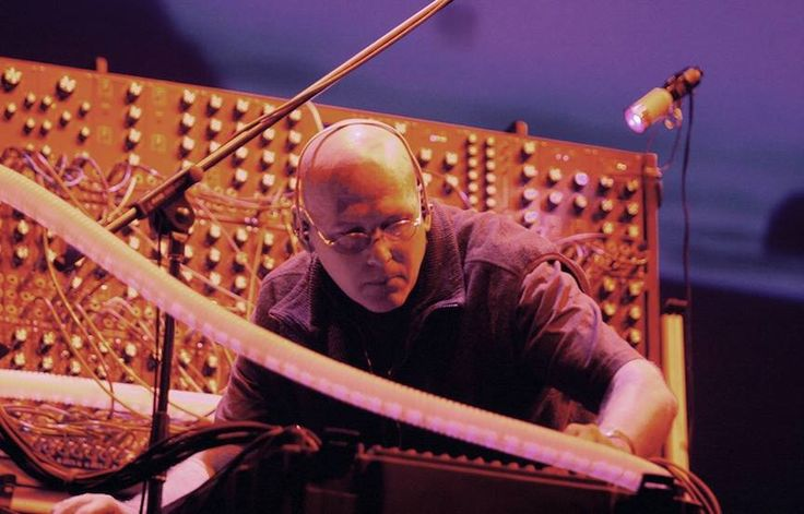 Ambient Visions Presents an Interview with Robert Rich by Michael Bruckner