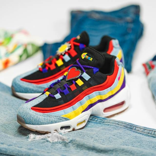 The Nike Air Max 95 SP Psychic Blue is available for only $97.49 ...
