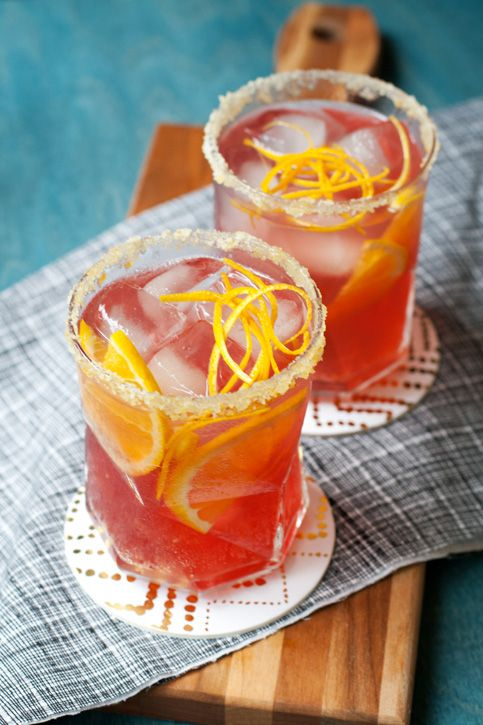 On our #Thanksgiving cocktail menu: Fizzy Ginger-Cranberry Punch.