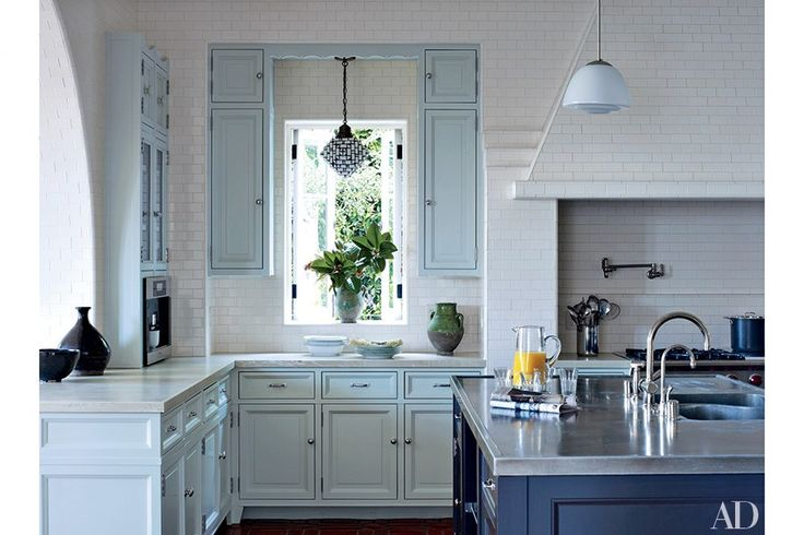 Best 25 blue white kitchens ideas on pinterest blue for Blue and white country kitchen ideas