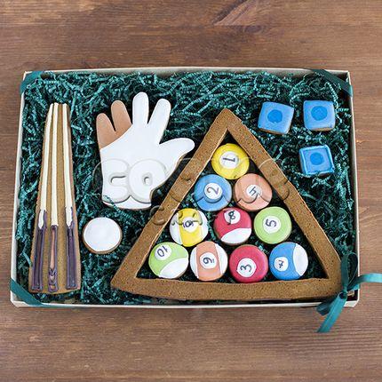 Сладкие подарки мужчинам на 23 февраля на заказ в Москве. Купить оригинальные имбирные пряники мальчикам в детский сад